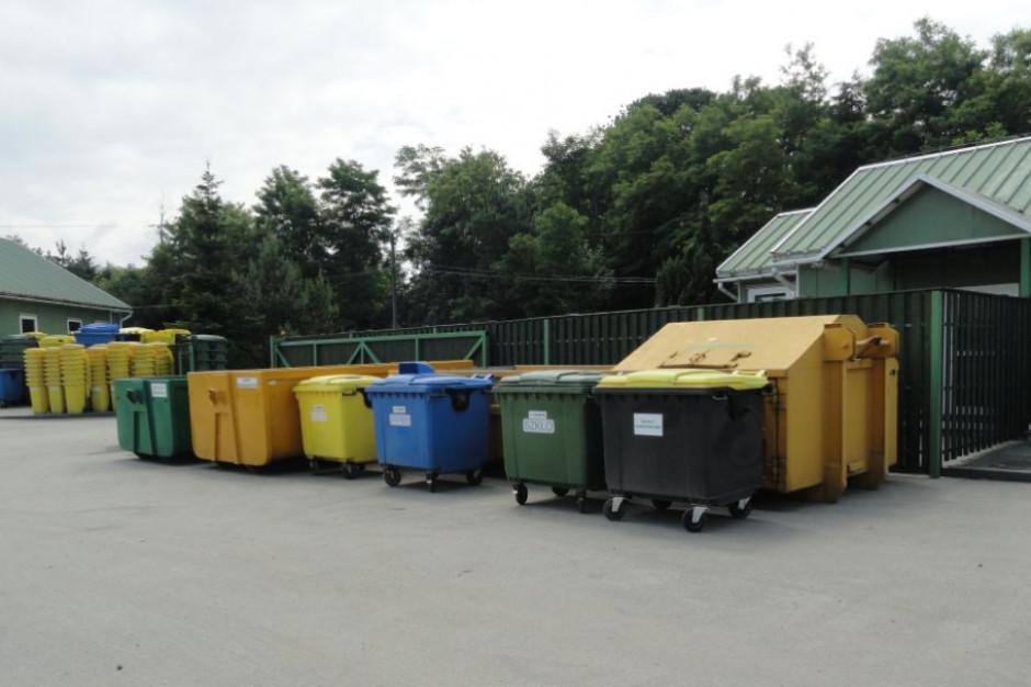Czy pracownik PSZOK-a może legitymować przywożącego odpady?