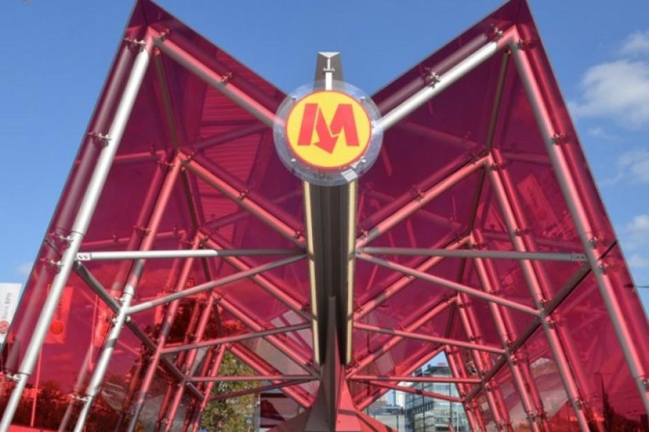 W niedzielę otwarcie nowych stacji metra