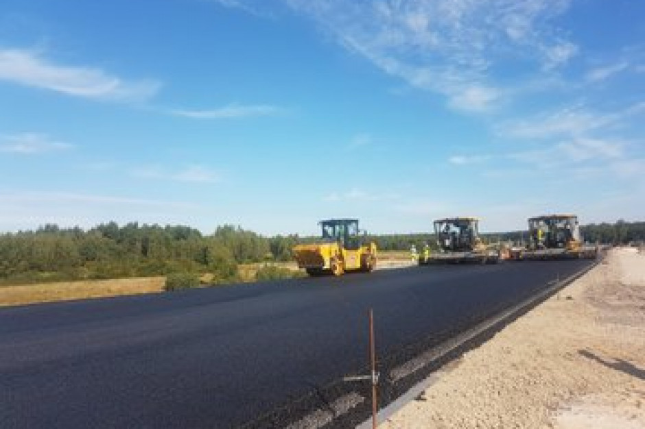 Minister Adamczyk: rozbudowa dróg ma znieść wykluczenie komunikacyjne