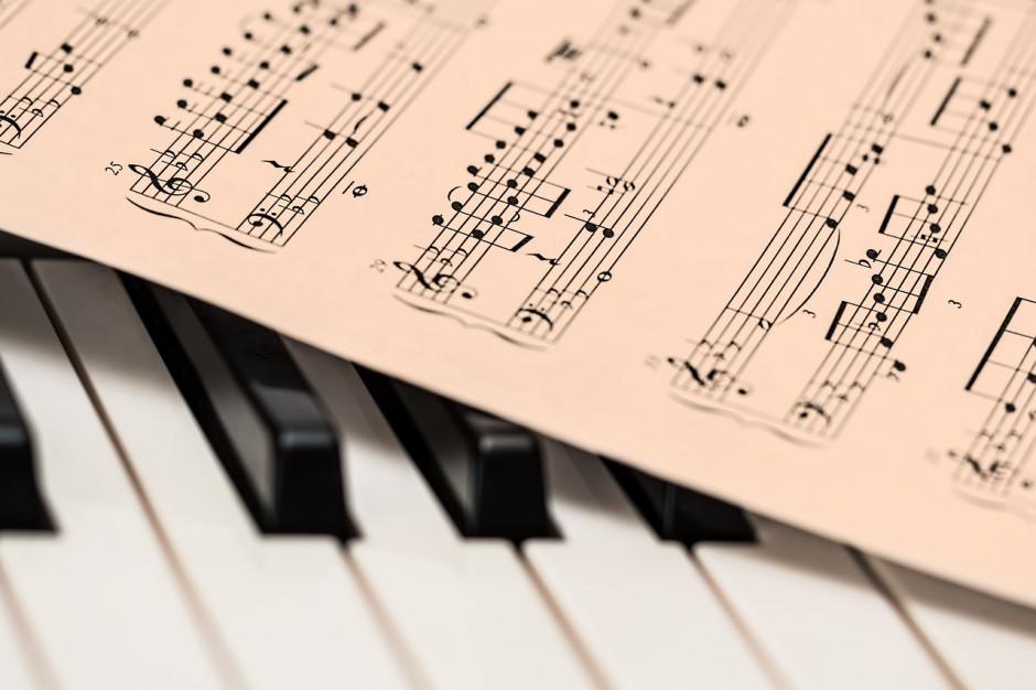 Rząd chce dotrzeć z muzyką klasyczną do miast i gmin