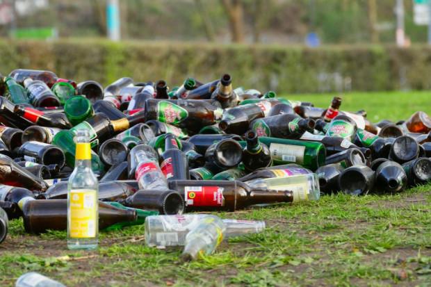 Butelka może krążyć nawet 25 razy w ciągu 5 lat bez konieczności dodatkowego przetwarzania (fot. pixabay)