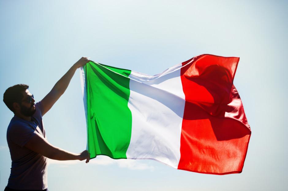 Włoscy urzędnicy walczą z plastikiem. Dostaną metalowe butelki na wodę