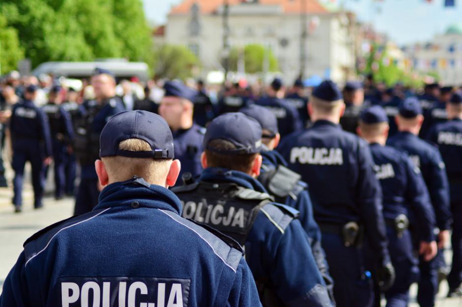 Wójt Żelazkowa zatrzymany. Na podwójnym gazie miał szarpać się z policjantami