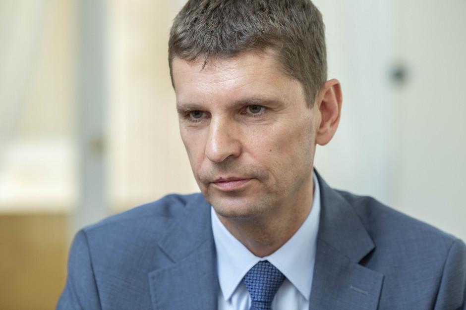 Dariusz Piontkowski: Pieniądze na oświatę dla samorządów to nie tylko subwencja oświatowa