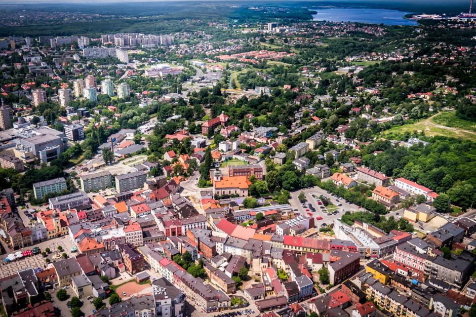 Radni Rybnika przeciwko nowej ustawie PiS: głęboka ingerencja w prawa samorządu i mieszkańców