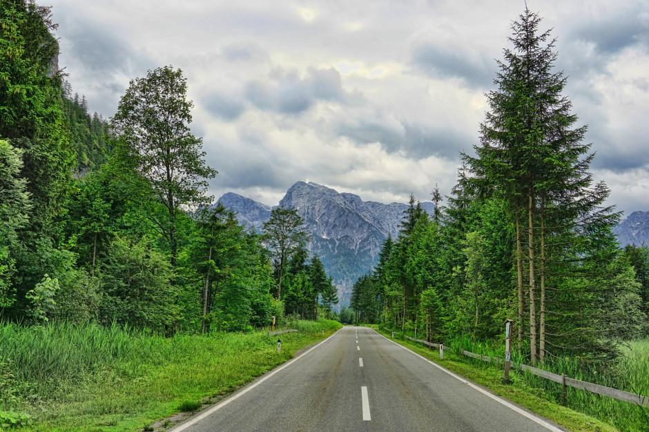 Bieszczady: Ponad 10 mln zł na drogi, skrzyżowania i parkingi