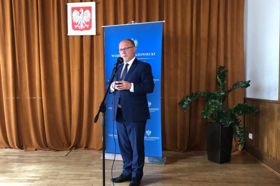 """Wojewoda Mazowiecki publikuje oświadczenie dot. 500 plus: """"nie ma żadnego zagrożenia"""""""