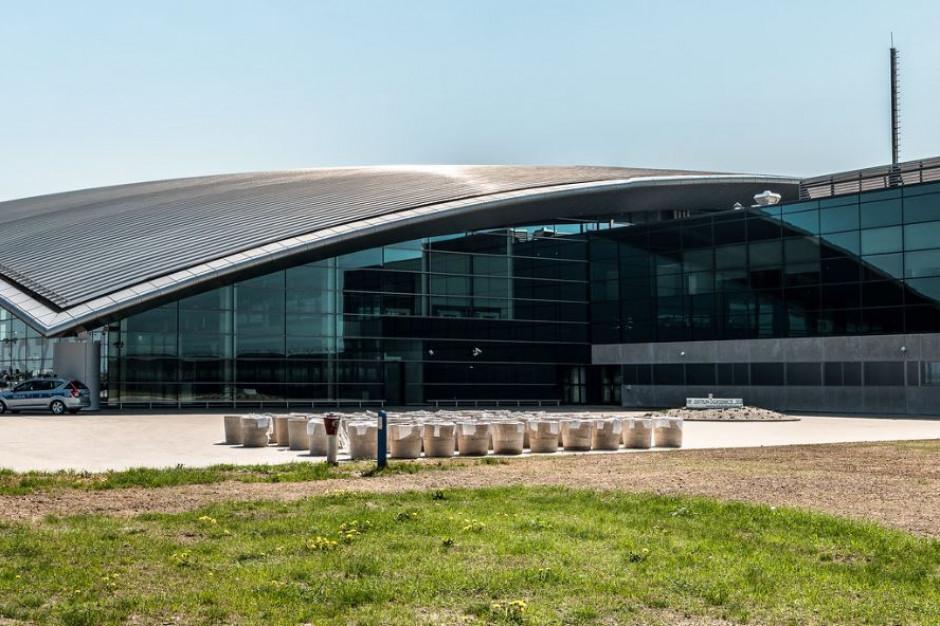 Lotnisko w Jesionce z rekordem: ponad 60 tys. pasażerów lotów czarterowych