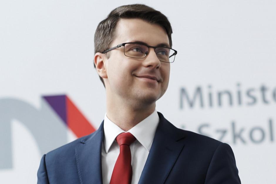 Strajk nauczycieli, Piotr Müller: Rząd jest otwarty na rozmowy już po wyborach