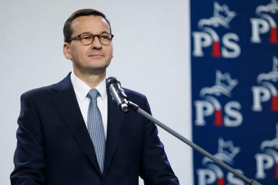 Jest 600 tys. będzie 2 mln? Mateusz Morawiecki zapowiada wzrost ruchu na lotnisku Szczecin-Goleniów