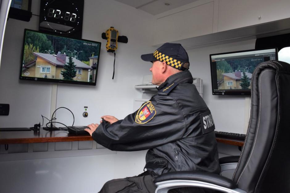 Białostocka Straż Miejska dostała mobilne laboratorium kontroli powietrza
