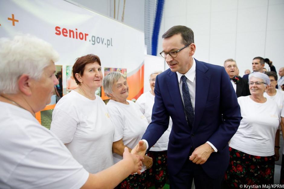 """Premier pozytywnie o kołach gospodyń wiejskich. """"To miejsca, gdzie przechowuje się polską tradycję i kulturę"""""""
