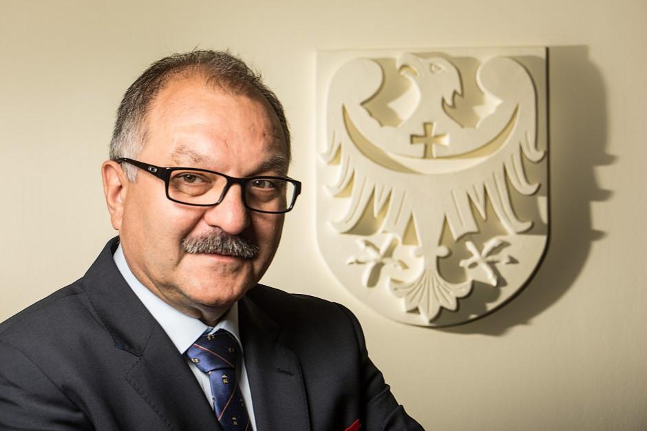 Marszałek województwa dolnośląskiego: samorząd to esencja demokracji
