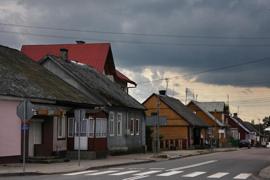 Minister ma plan ożywienia małych ośrodków miejskich. Do miasteczek popłyną miliardy?