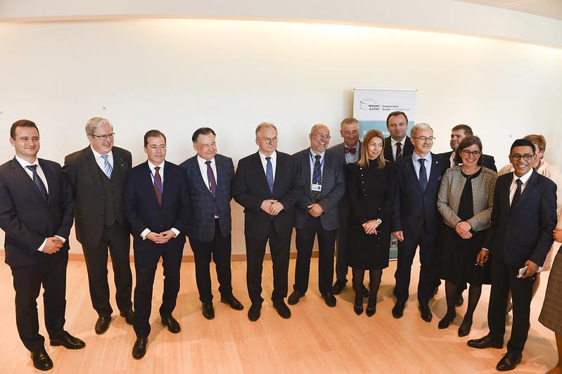 W konferencji wysokiego szczebla dotyczącej regionów węglowych wzięli udział przedstawiciele wysokiego szczebla z Czech, Finlandii, Francji, Niemiec, Rumunii, Hiszpanii oraz z Polski (fot. CoR)