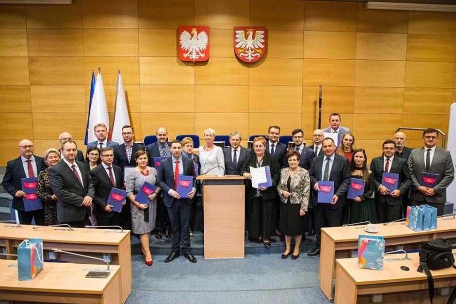 Małopolskie: w 5 powiatach powstaną nowe przedszkola i rozwinie kształcenie zawodowe