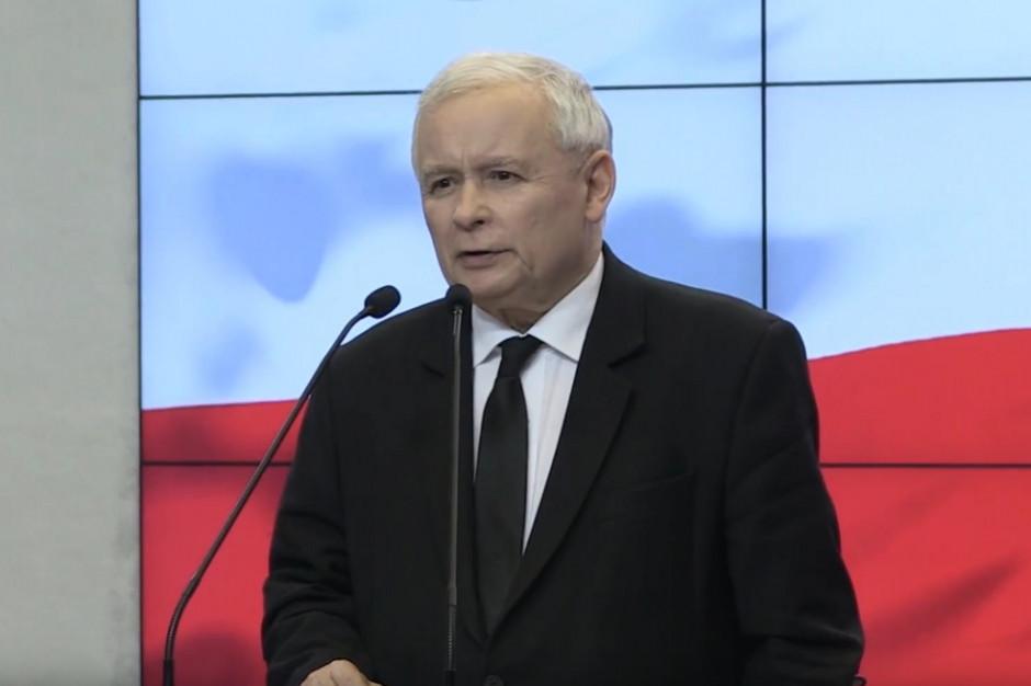 """Warszawscy radni KO krytykują Jarosława Kaczyńskiego. """"Nie interesuje się sprawami stolicy"""""""