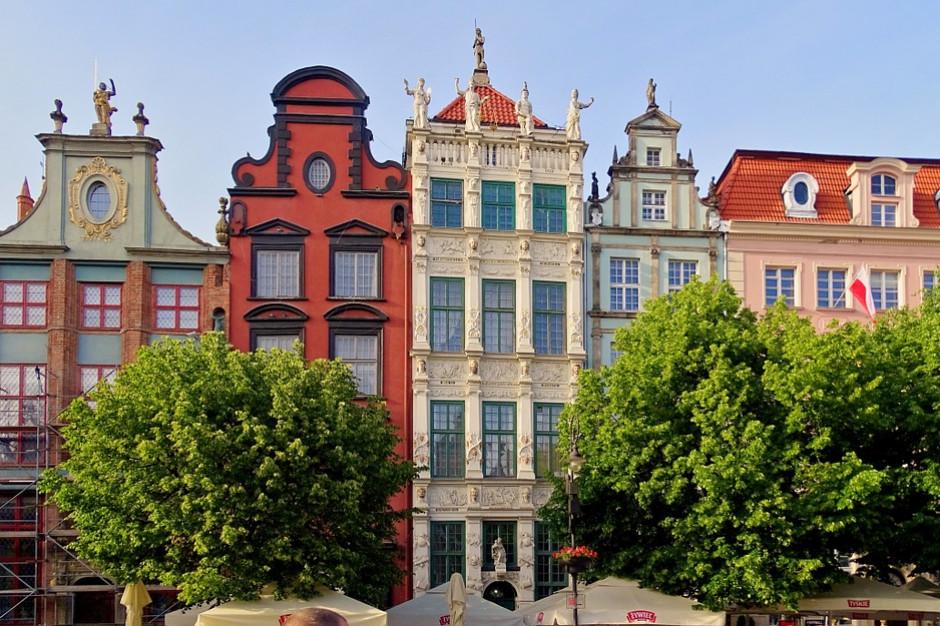 Gdańsk: Kolejne kamienice na Głównym Mieście zyskają artystyczne elewacje
