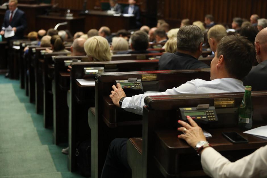 Pierwsze posiedzenia Sejmu i Senatu nowej kadencji. Znamy datę