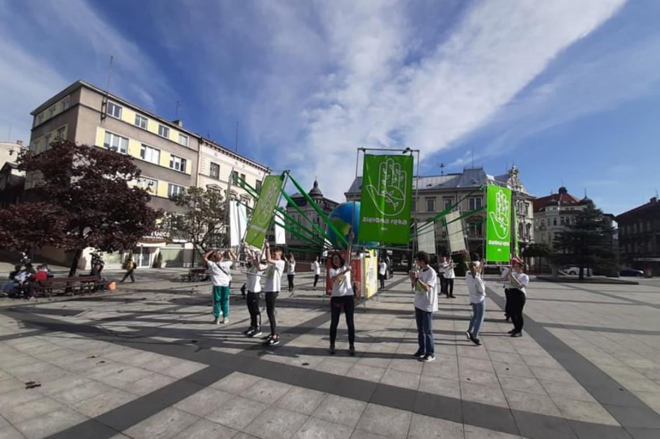 """""""Zielona ręka"""" - akcja apeluje również do samorządów"""