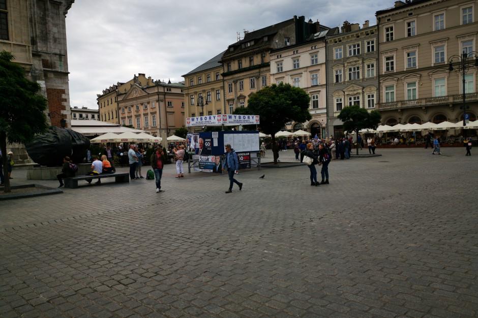 Małopolskie banery wyborcze dostaną drugie życie: powstaną torby i plecaki