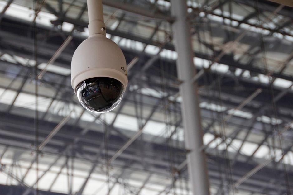 Policja wyjaśnia sprawę kamery w damskiej toalecie urzędu w Witnicy
