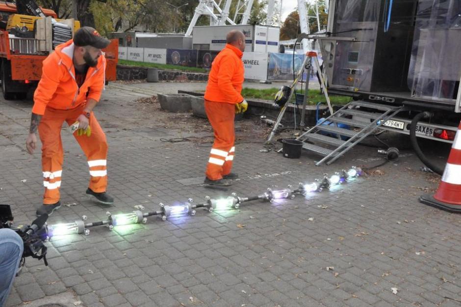 Samorządy naprawiają i wymieniają bez wykopów. W Łodzi pracowano tak na odcinku 4 km