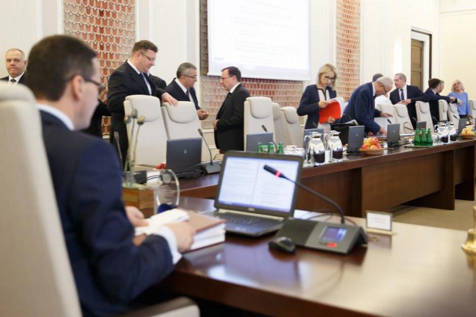 Powołanie nowego rządu przez prezydenta - najpóźniej 26 listopada