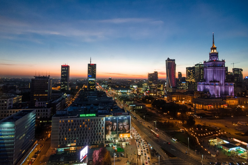 Warszawa: ciepło dociera do wszystkich budynków