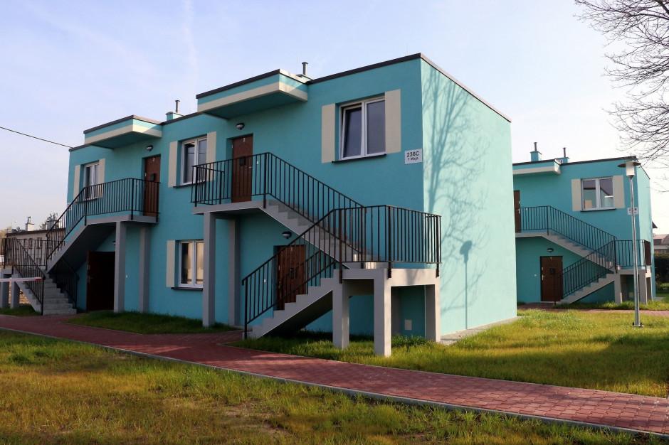 Kielce: przekazano pierwsze nowe mieszkania socjalne na Jezioranach