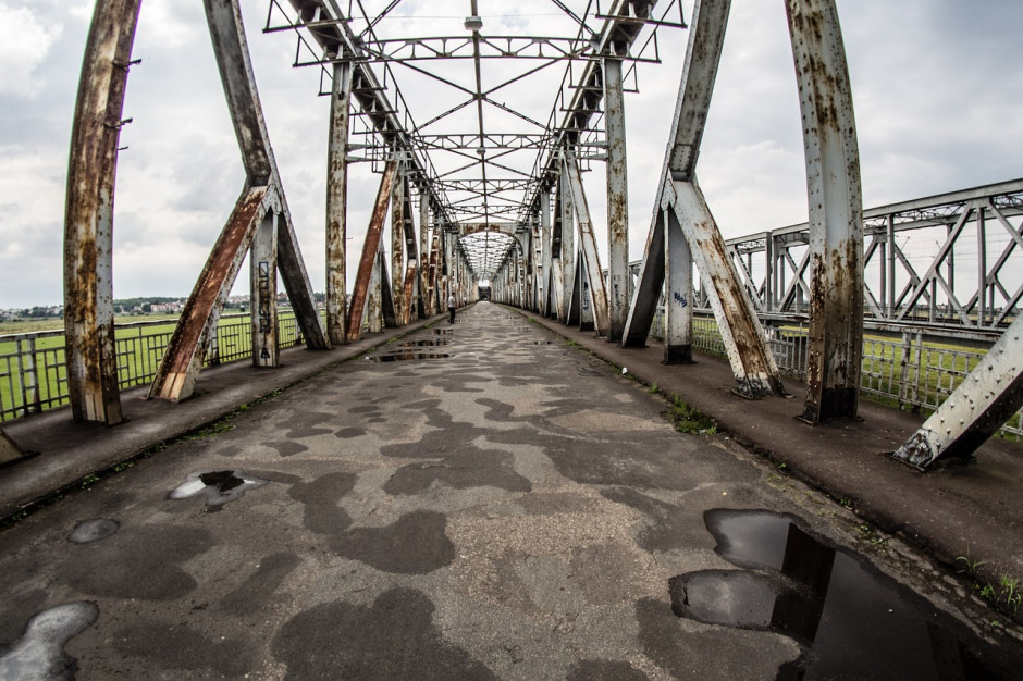 Konserwator zabytków zawiadamia prokuraturę ws. mostu