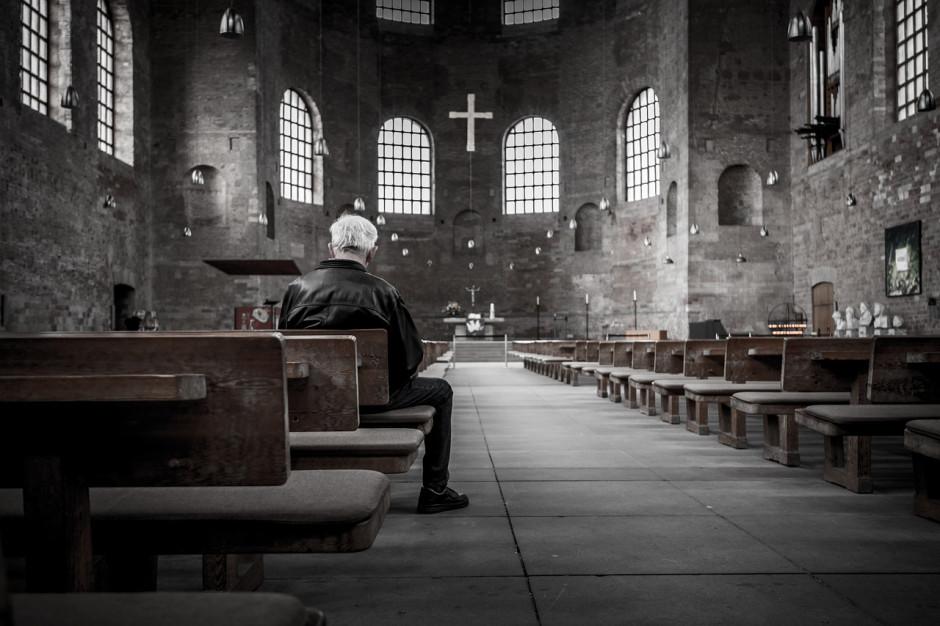 GUS: Pytanie o religię w spisie powszechnym w 2021 r. ma charakter dobrowolny