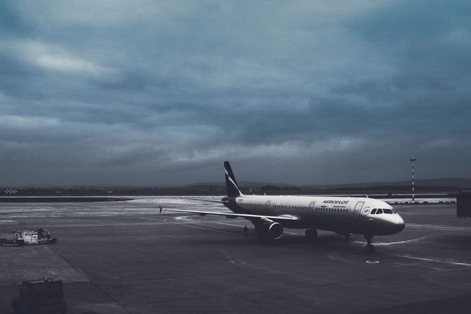 Zamiast w Warszawie, lądowanie w Katowicach. Winna mgła