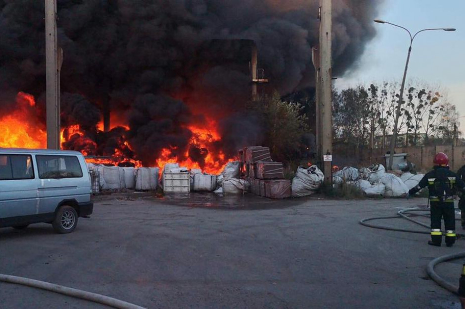 Prezydent Bytomia: płonące odpady miały być uprzątnięte, zgoda na ich składowanie została cofnięta