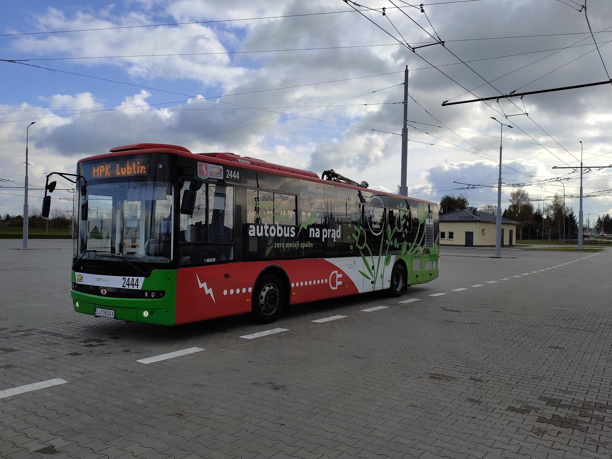 W ramach realizowanego przez Lublin projektu powstał pierwszy w mieście parking typu P&R oraz pętla Choiny (fot. UML)