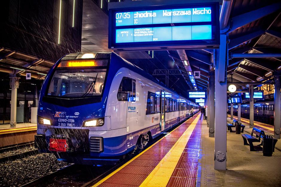 PKP: Coraz więcej pasażerów podróżuje pociągami