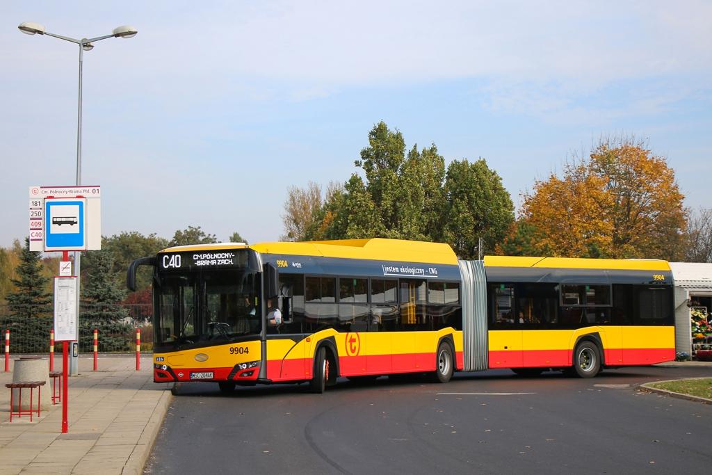 ZTM Warszawa uruchomił specjalne kursy już 19 października (fot. L. Peczynski/ZTW).
