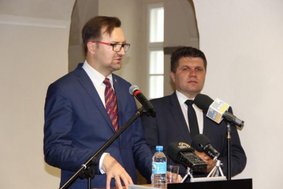 Burmistrz Wielunia Paweł Okrasa (fot. wielun.eu)