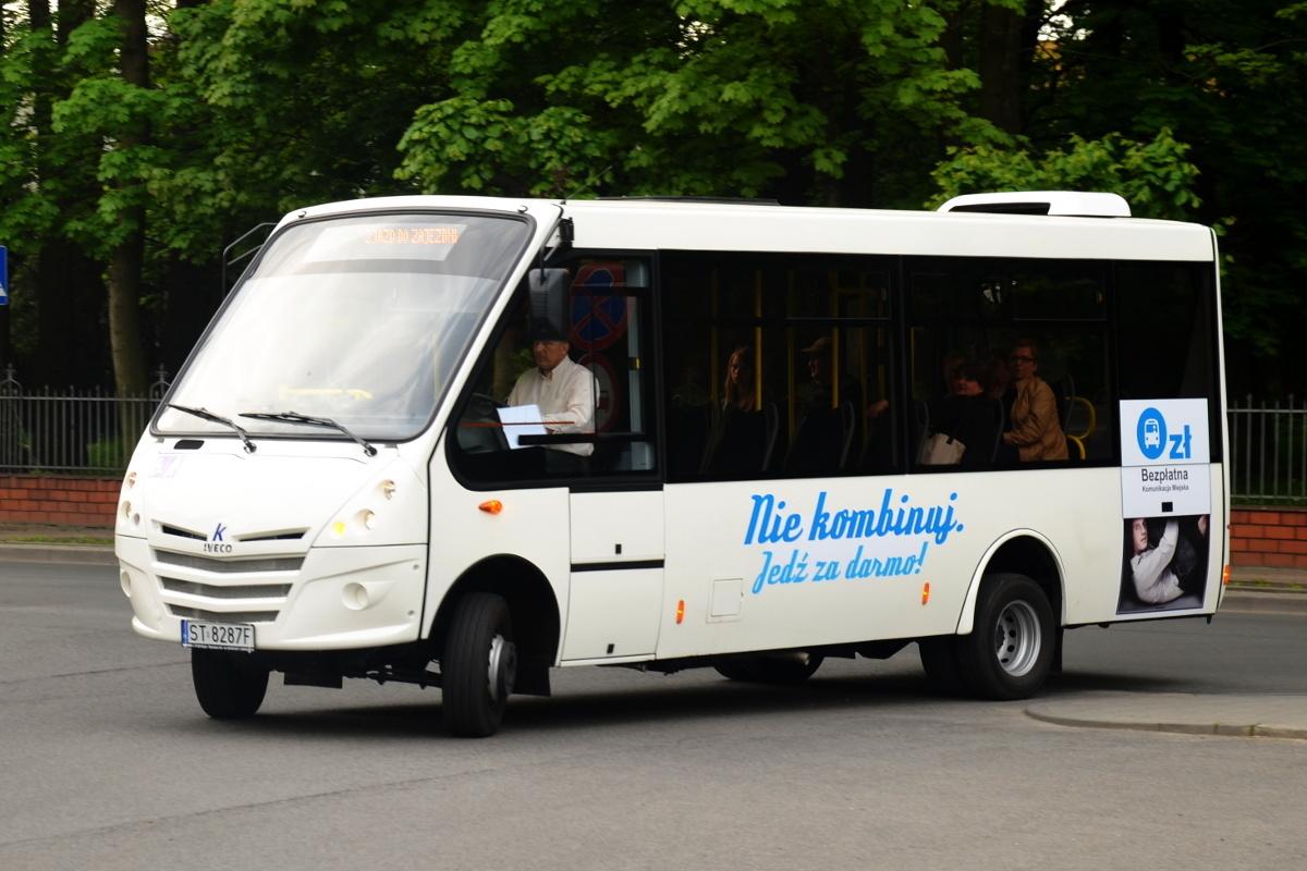 Autobus bezpłatnej komunikacji miejskiej w Żorach (fot. wikimedia.org/Artur Strzelczyk/CC BY-SA 4.0)