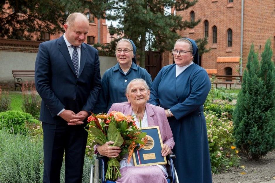 """Chełmno: mieszkanka miasta skończyła 108 lat . """"Skromność i pogoda ducha sekretem"""""""