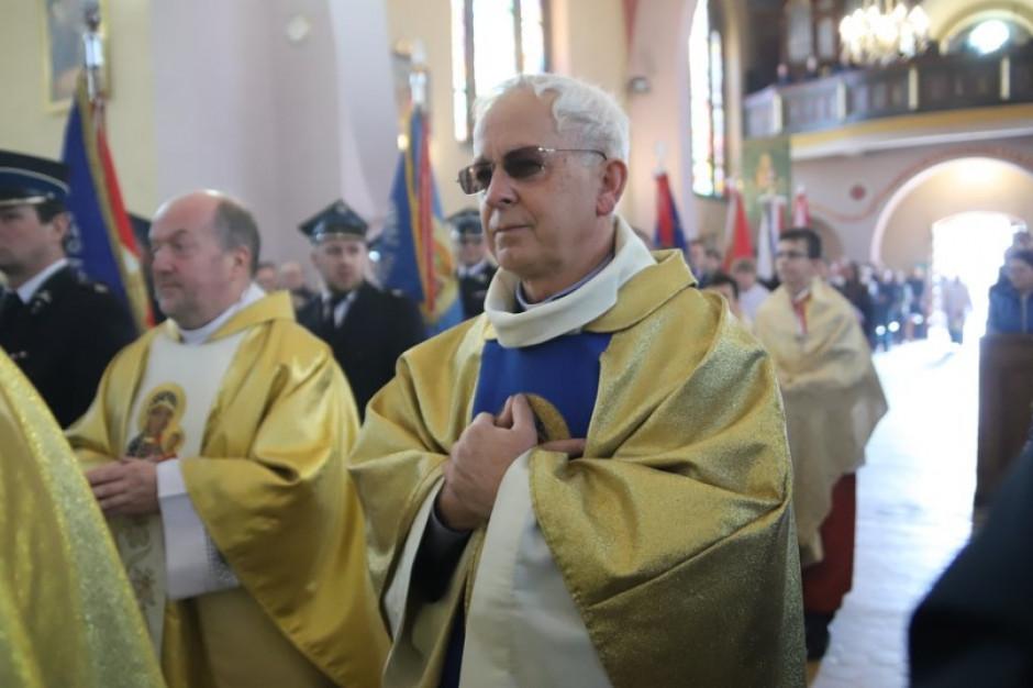 Uchwała miała wykluczyć arcybiskupa z miejskiej nagrody Cracoviae Merenti. Kleryk zostanie w kapitule