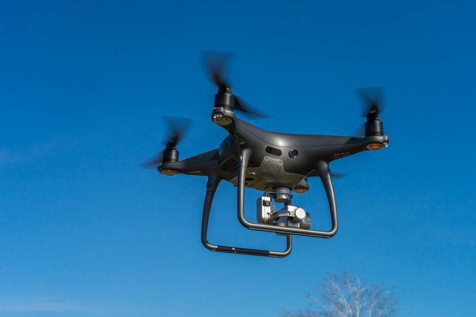 Nawet 500 zł mandatu. W Krakowie dron pomoże w kontroli palenisk