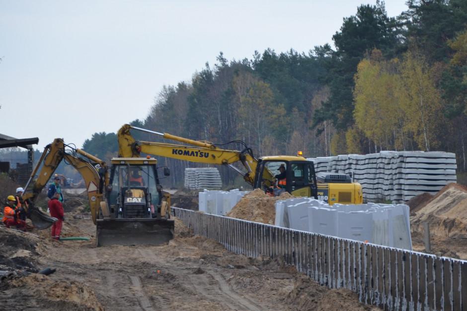 PKP PLK buduje drugi tor między Otwockiem a Pilawą