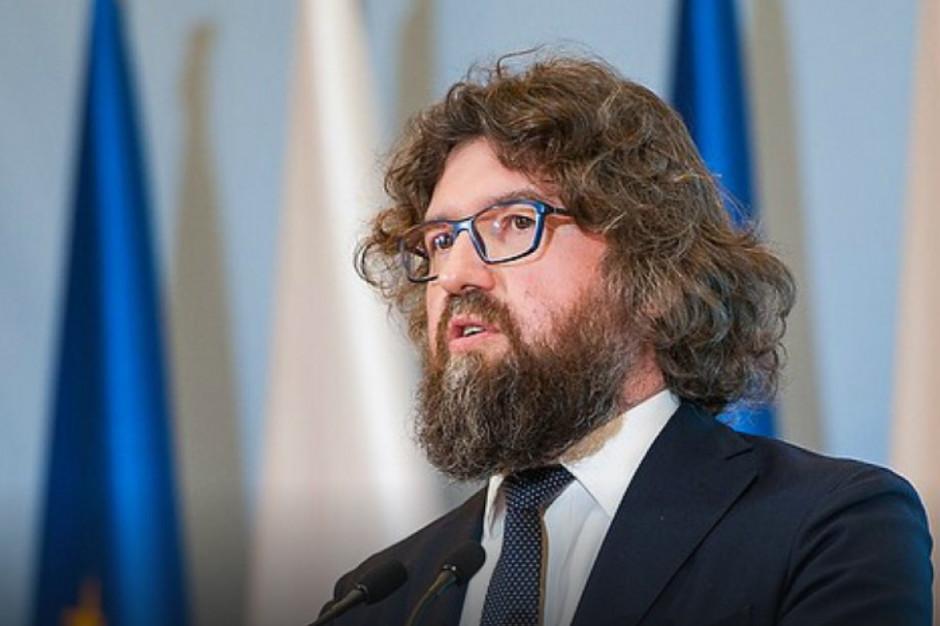 """25 mln zł dotacji na 5,5 tys. instalacji. Minister podsumuje """"Mój prąd"""" i zapowie zmiany"""