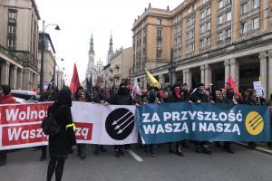 Antyfaszyści przeszli przez ulice Warszawy