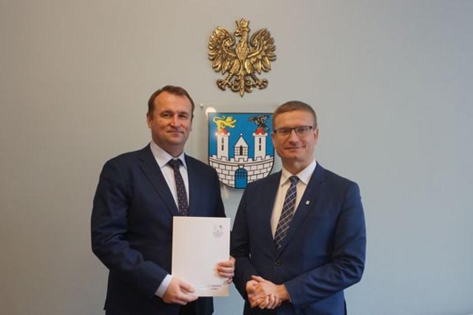 Bartłomiej Sabat nowym zastępcą prezydenta Częstochowy. Zastąpił Andrzeja Szewińskiego