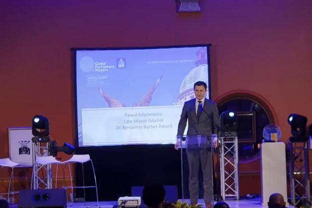 Nagrodę odebrał Piotr Grzelak, zastępca prezydenta Gdańska ds. zrównoważonego rozwoju (fot.FB/Piotr Grzelak)