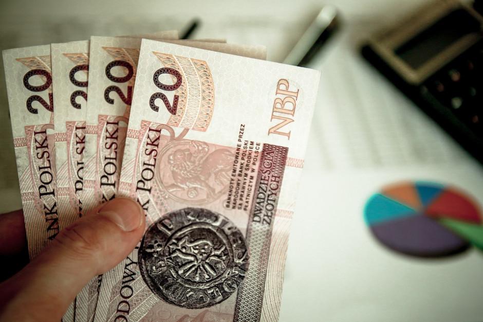 Łączne zadłużenie Polaków sięga 47,8 mld zł