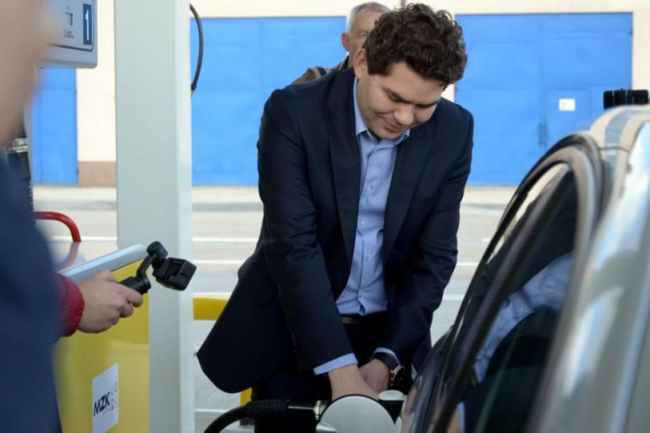 Miejskie stacje lekiem na wysokie ceny paliw. To działa