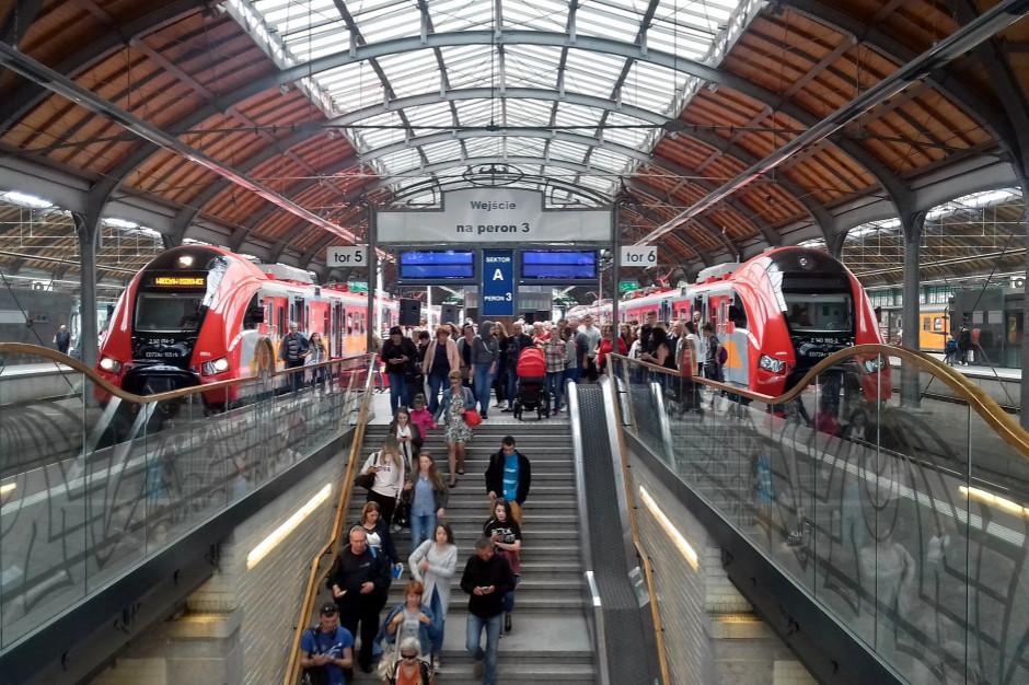 Minister infrastruktury: wzrost towarów i pasażerów na kolei jednym z celów na nową kadencję